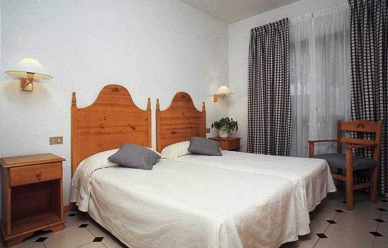 Cristian Sur - Room - 5