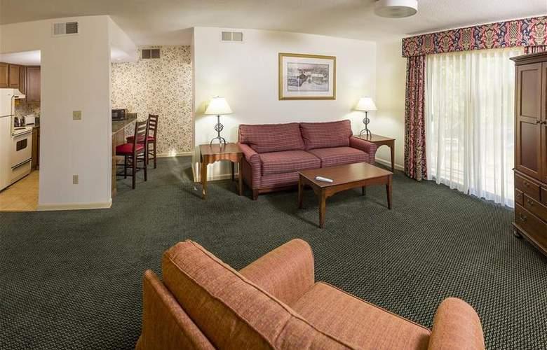 Best Western Plus Inn & Suites - Room - 23
