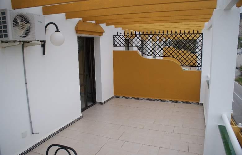 Playamaro - Terrace - 27