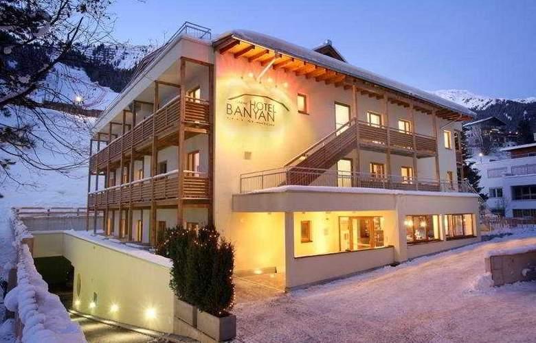 Banyan - Hotel - 0