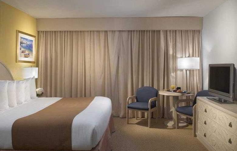 Best Western Plus Atlantic Beach Resort - Hotel - 21