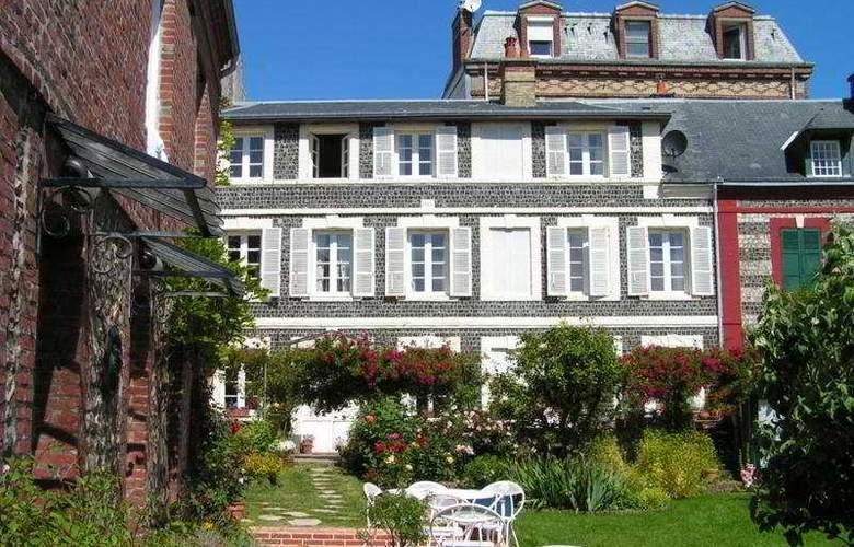 Jardin Gorbeau Etretat Guesthouse - General - 2