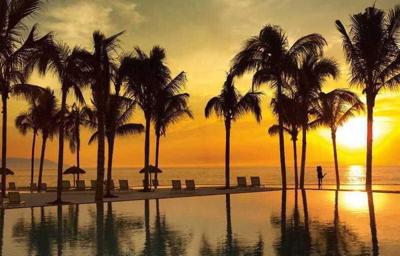Secrets Vallarta Bay Resorts & Spa Adults Only - Pool - 15