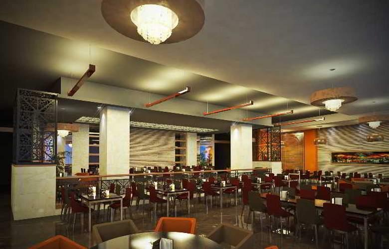Aska Lara Resort & Spa - Restaurant - 3