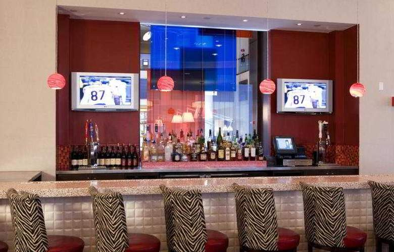 Sheraton Meadowlands Hotel & Conference Center - Bar - 7