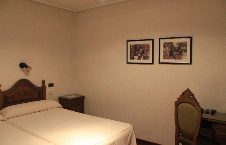 Los Perales - Room - 13