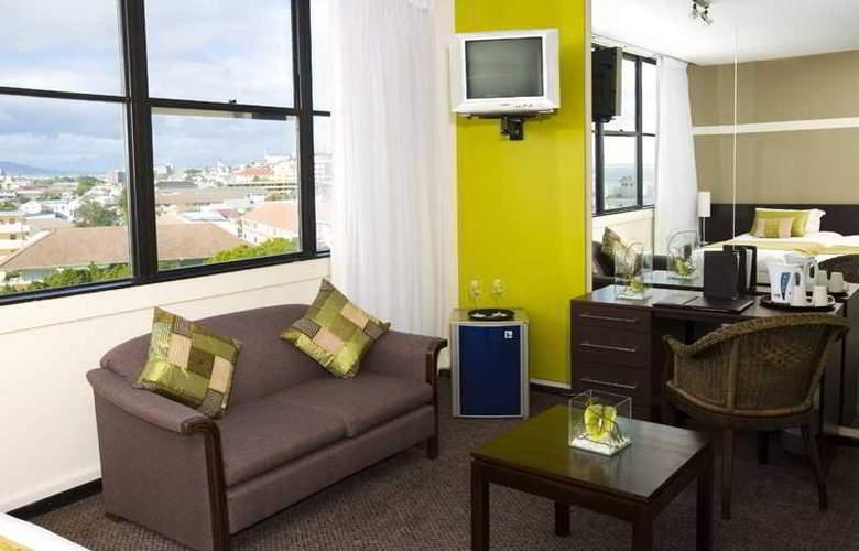 Cape Town Ritz Hotel - Room - 9