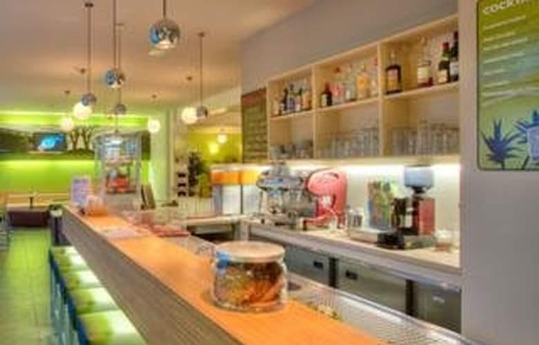 Meininger Hotel Berlin Prenzlauer Berg - Bar - 6