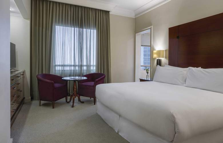 NH Collection Plaza Santiago - Room - 9