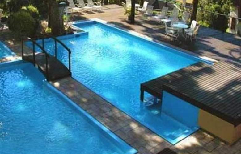 Wish Serrano Resort & Convention - Pool - 3