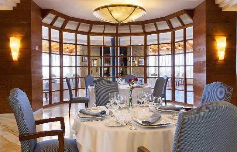 GF Gran Costa Adeje - Restaurant - 33