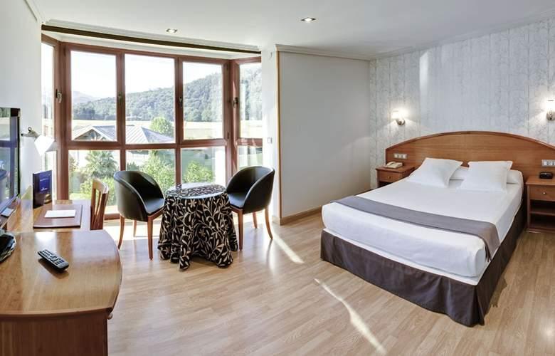 Villa Pasiega - Room - 8