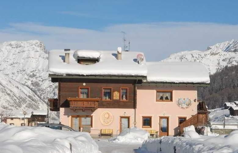 Bormio Comfort Apartements - Hotel - 0