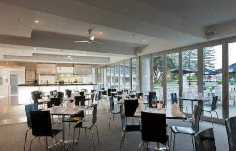 Scenic Hotel Te Pania - Restaurant - 1