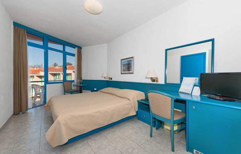Funtana Resort - Room - 8