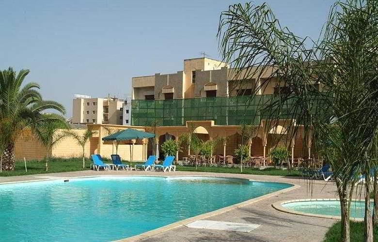 Fes Inn - Pool - 7