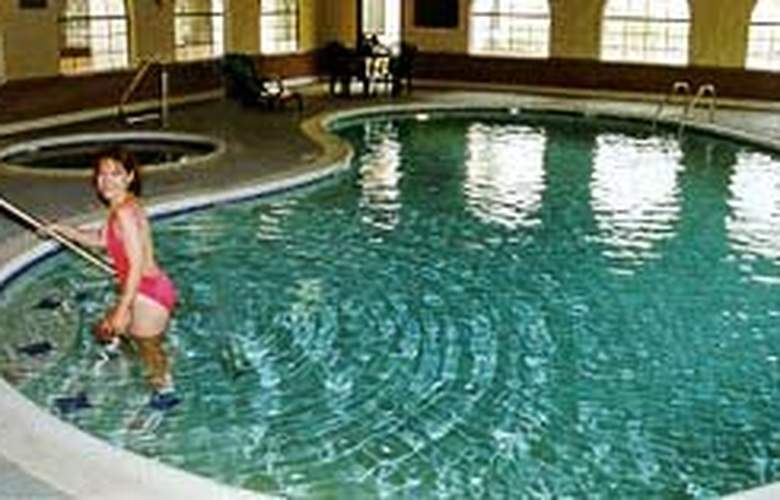 Comfort Suites Near Stone Briar Mall - Pool - 4