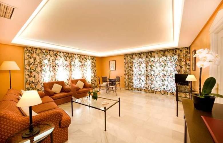 Monarque Sultan Aparthotel - Room - 15