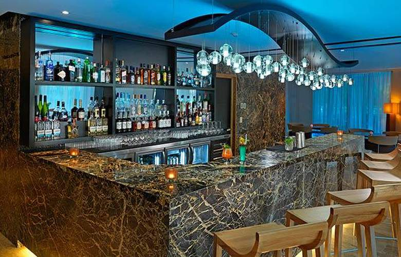 Paradisus Palma Real Resort - Bar - 4