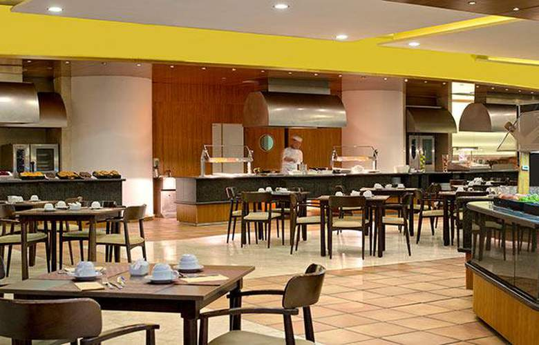 Meliá Benidorm - Restaurant - 39