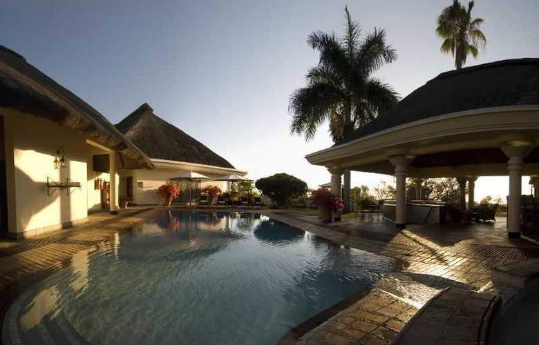 Ilala Lodge - Pool - 2