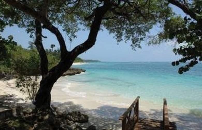 Villa Maguana - Beach - 9