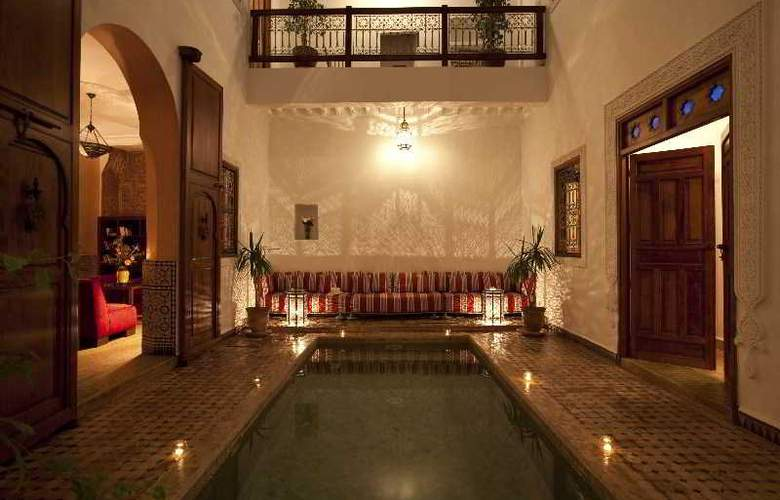 Riad Les Bougainvilliers - Hotel - 0