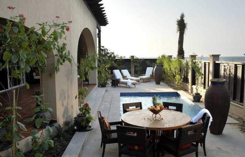 Desert Island Resort and Spa By Anantara - Pool - 7