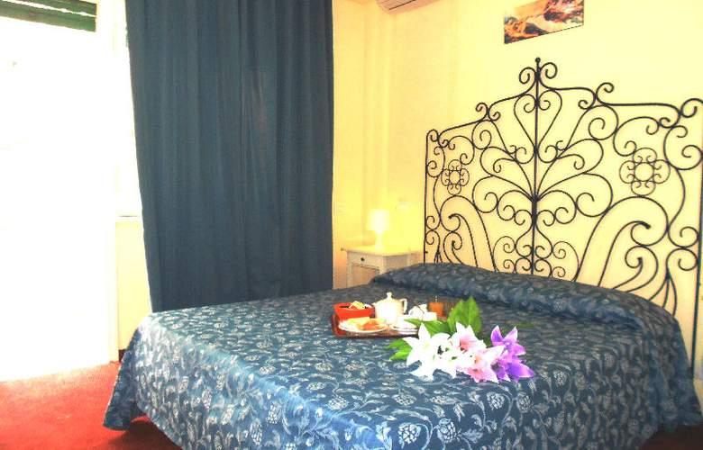 Rona Resort - Room - 4