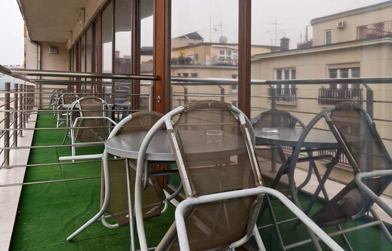Carat Boutique Hotel - Terrace - 8