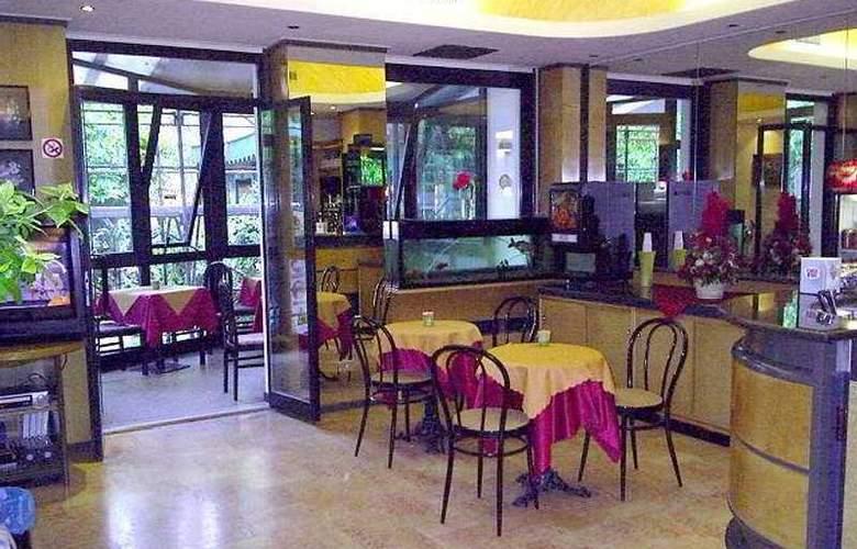 Adler - Restaurant - 7