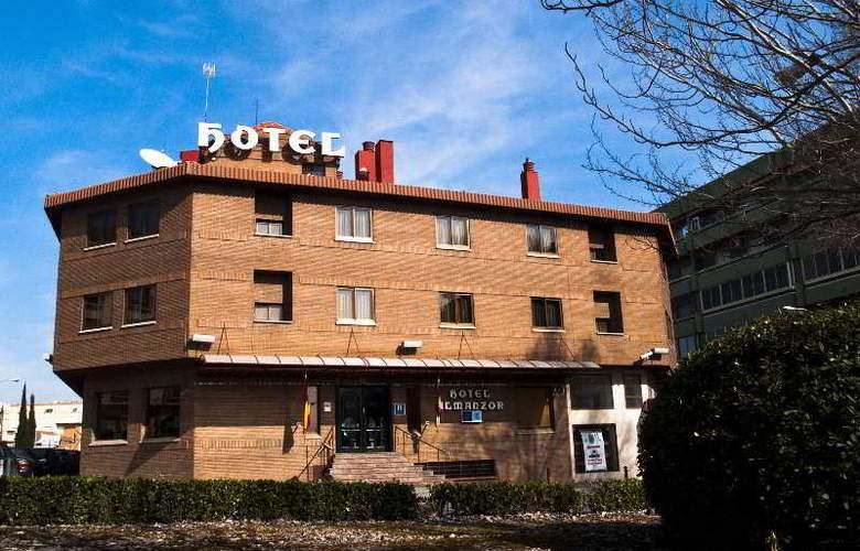 Almanzor - Hotel - 0