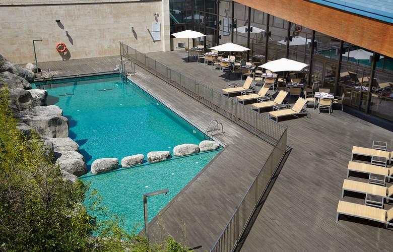 Puerta De Bilbao - Pool - 3