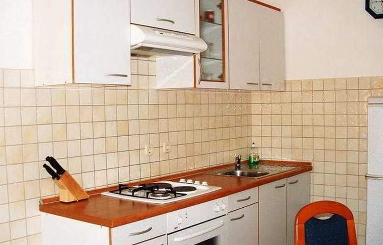Apartmani Borik - Room - 4