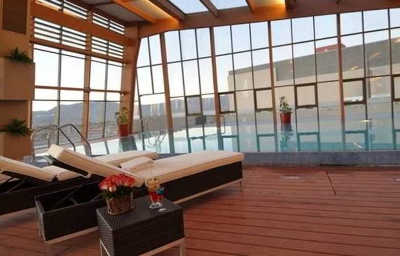Sonesta Calama - Pool - 2