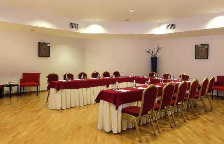 Vale d'Oliveiras Quinta Resort SPA - Conference - 10
