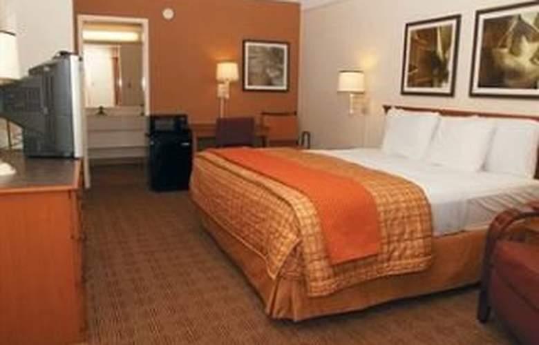 La Quinta Inn San Antonio South - Room - 2