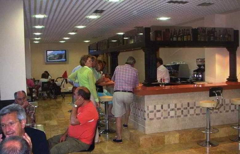 Gran Hotel Liber & Spa - Bar - 7