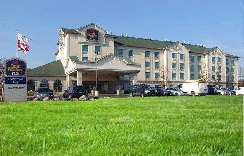 Best Western Plus Executive Inn Scarborough - Hotel - 19