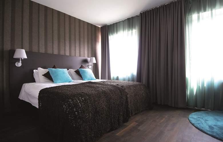 First Atlantica - Room - 2
