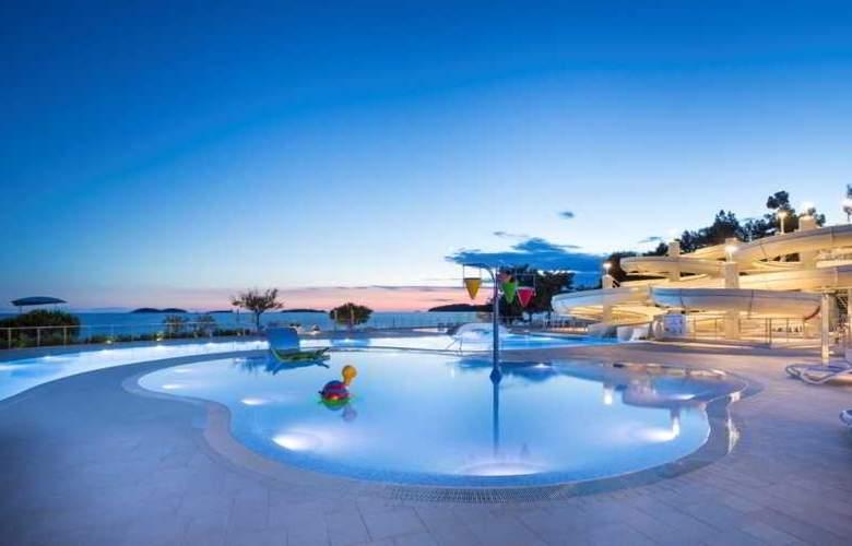 Resort Villas Rubin Apartments - Pool - 16
