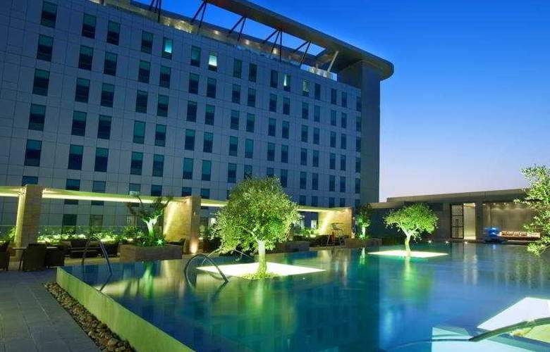 Aloft Abu Dhabi - Pool - 2