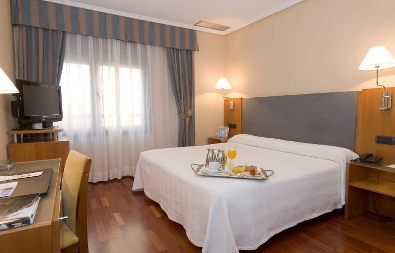 NH Oviedo Principado - Room - 4