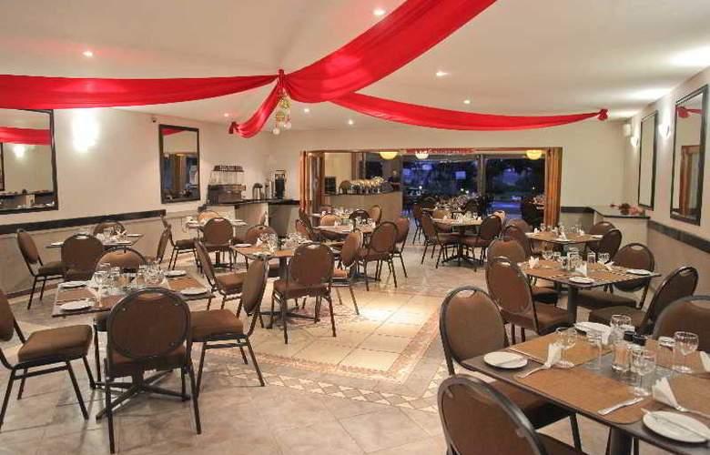 Elephant Lake Hotel - Restaurant - 10