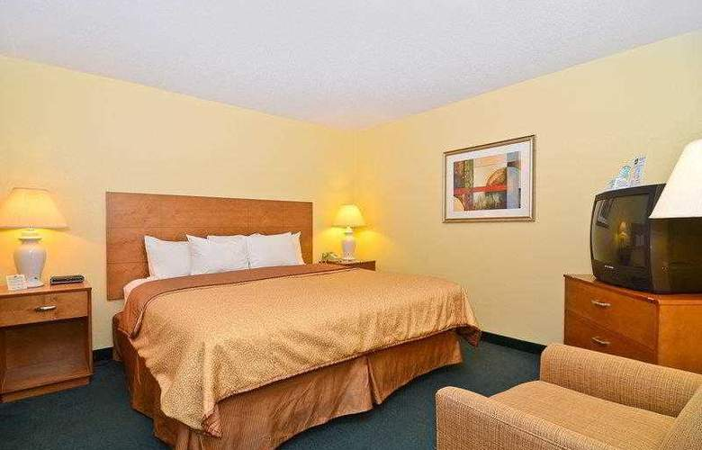 Best Western Ambassador Inn & Suites - Hotel - 37