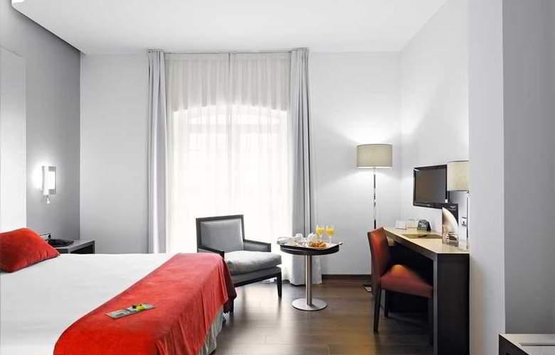 Sercotel Coliseo Bilbao - Room - 8