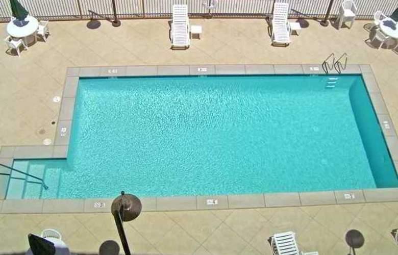 Hampton Inn & Suites Bakersfield North Airport - Hotel - 2