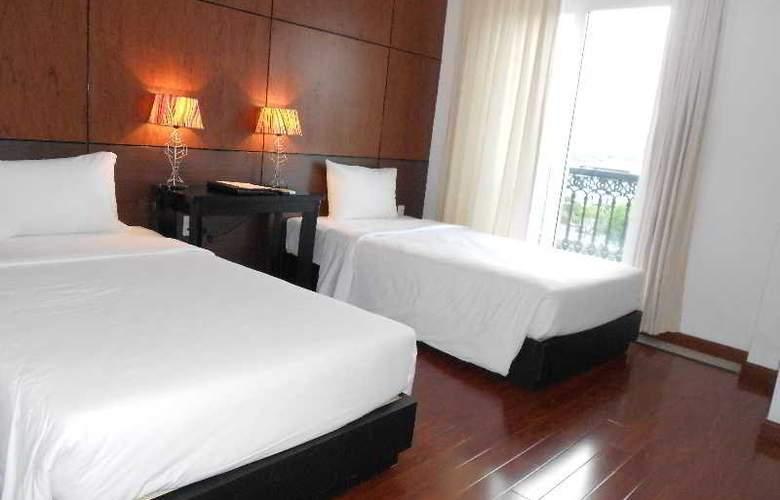 Paragon Villa Hotel - Room - 13