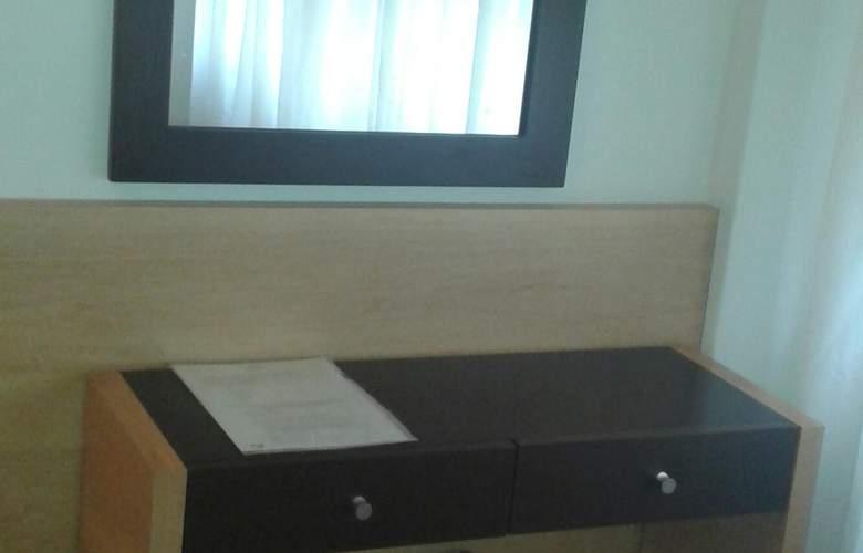 Gran Hotel Orly - Room - 40