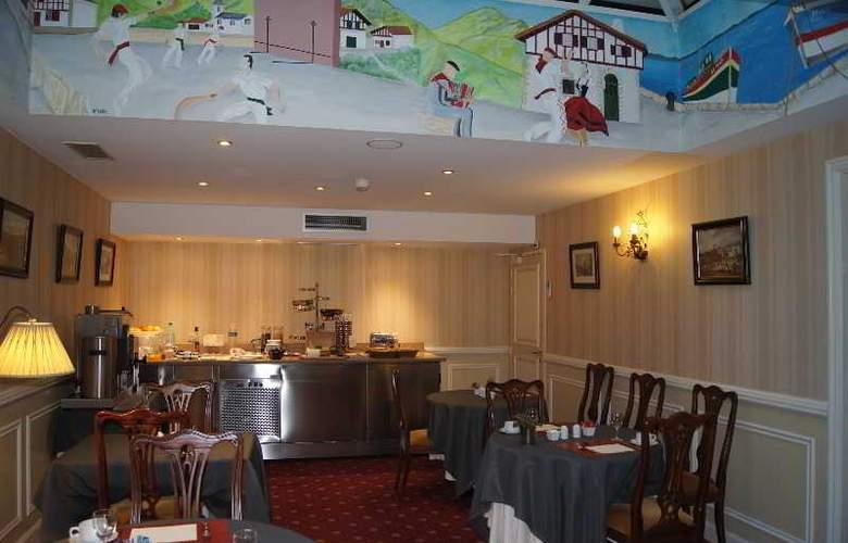 Georges VI - Restaurant - 6